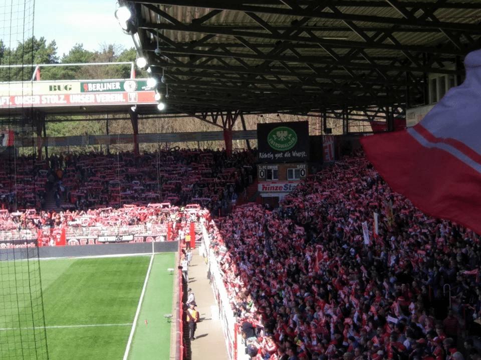 איחוד הברזל – על סיפורו של מועדון הכדורגל הפחות מוכר של ברלין