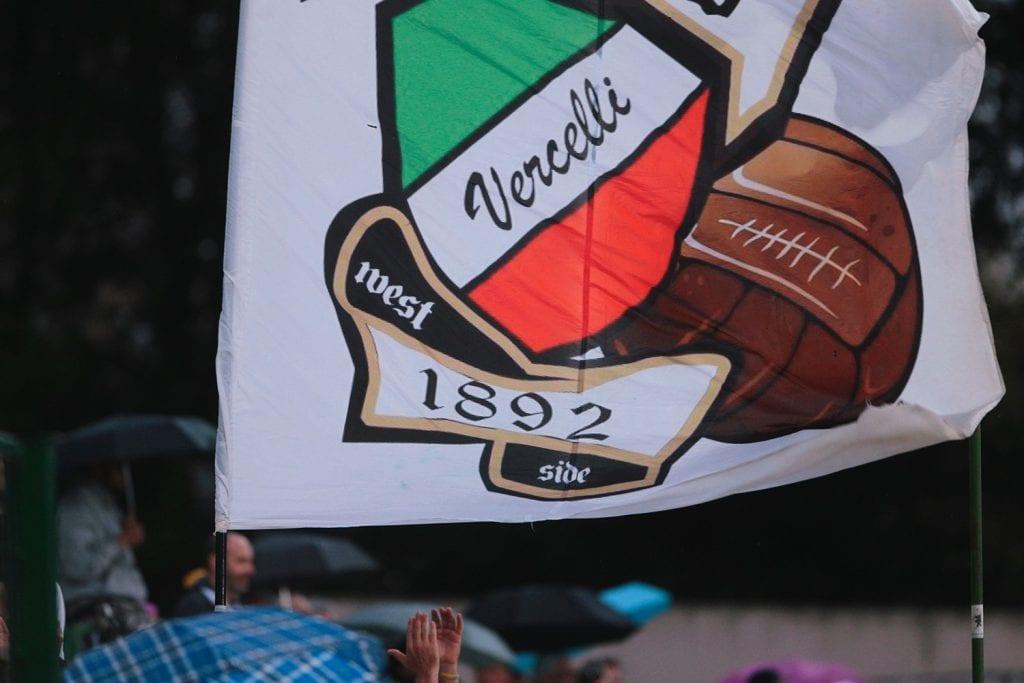 פרו ורצ'לי דגל