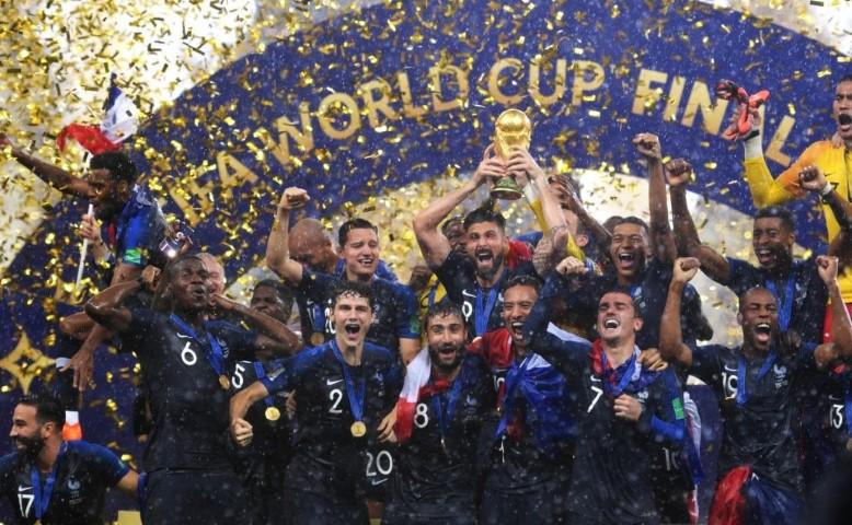 צרפת זוכה במונדיאל
